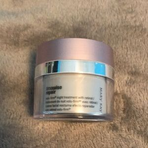 Mary Kate timewise volu-firm Night treatment
